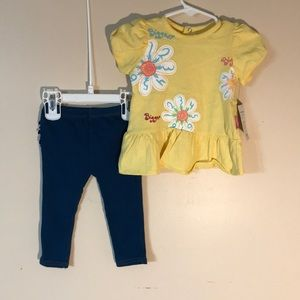 (Read All)) Girls 9 month outfit by Sesame Street